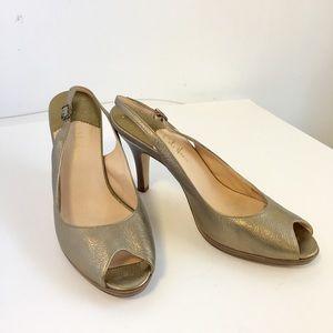Cole Haan Peep Toe Pumps Heels Gold Tone shoes 👠
